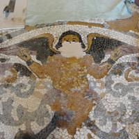 14 - Fasi del restauro - stesura del letto di semina posa del mosaico
