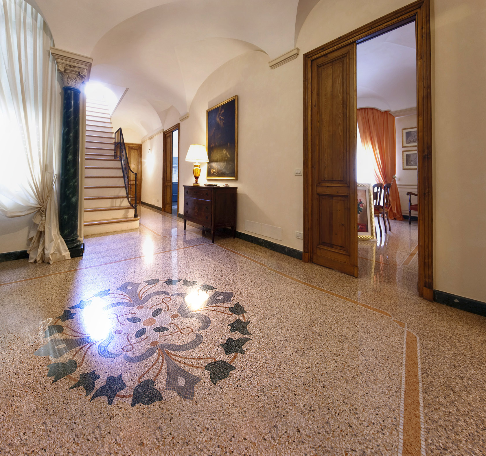 pavimenti in marmo pavimentazione : Vigo Mosaici Pavimentazione in graniglia di marmo alla genovese