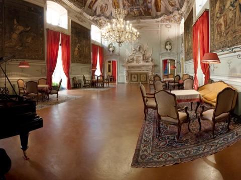 Salone cocciopesto fine Palazzo Doria via Garibaldi Genova