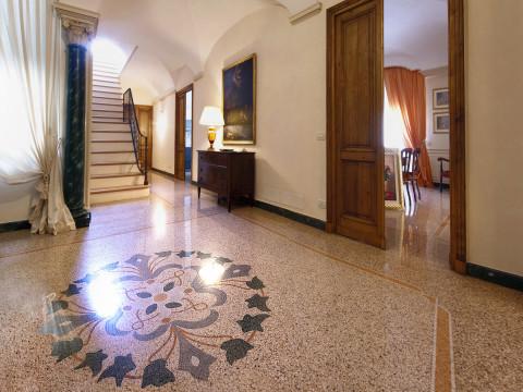 Pavimentazione in graniglia di marmo alla genovese